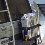 ランクル70 背面タイヤならぬ背面携行缶ジャグDIY